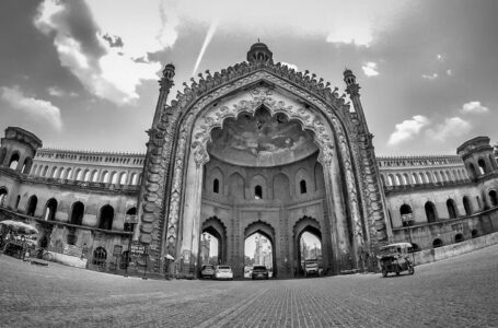 Lucknow – Where Time Stands Still